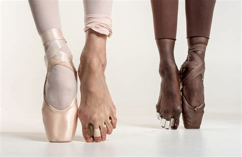 newsela whats  pointe ballet dancers suffer greatly