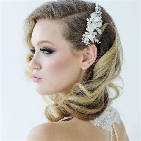 35 romantic wedding updos for medium hair wedding