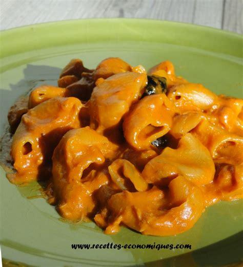 cuisiner des pates recette de pâtes sauce tomate et thon au thermomix tm31