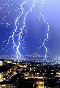 Very Cool Lightning - Cool Pictures