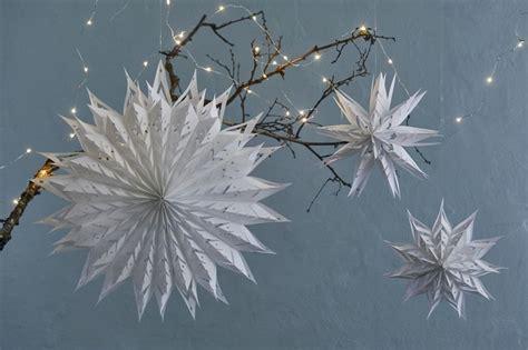 sterne schneekristalle aus papiertueten von elisabeth