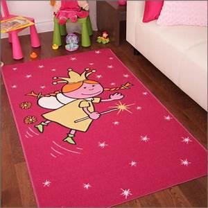 le tapis chambre bebe des couleurs vives et de l With tapis chambre bébé avec livraison une rose