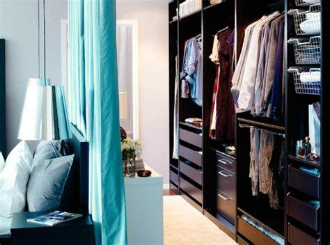 dressing ouvert chambre dressing avec rideau 25 propositions pratiques et jolies