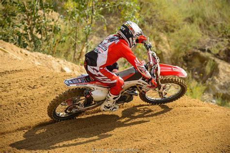 racer x online motocross supercross news racer x mx preview episode 4 red riders motocross
