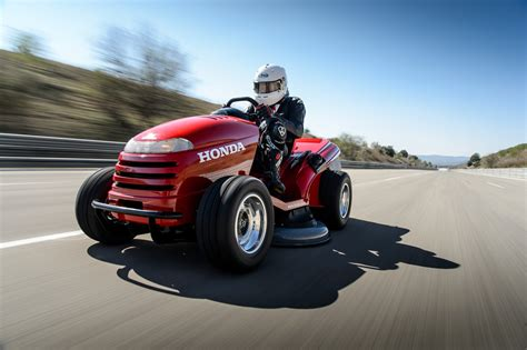 Worlds Fastest Honda by Honda Lawnmower Sets Speed Record Of 117 Friggin Mph Wired