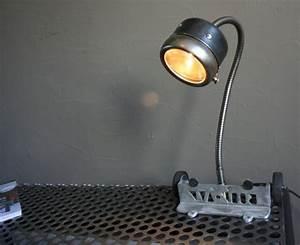 Lampe De Chevet Metal : lampe design m tal recycl lampe industrielle ~ Melissatoandfro.com Idées de Décoration