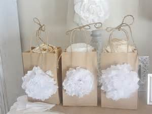 welcome bags for wedding guests junk chic cottage 39 s meet up and tattered tiques