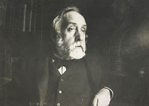 Edgar_Degas_self_portrait_photograph.jpeg