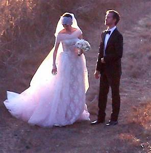 More Pics Of Anne Hathaway Wedding Dress 31 Of 52