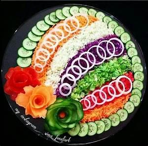 bunt und gesund | Fun Food | Pinterest | Food art, Salad ...