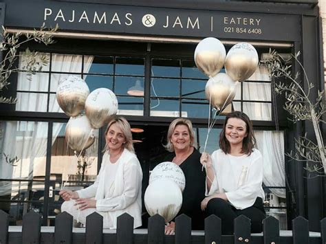 review comfort food  strand  pajamas  jam eat