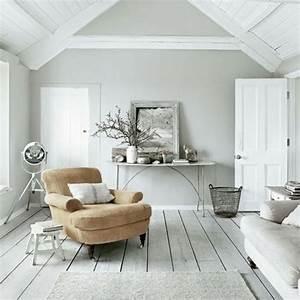 Wandfarbe grau wohnzimmer modern gestalten spiegel und for Wand modern gestalten