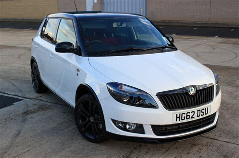 skoda fabia monte carlo 1 2 tsi 105 walk around