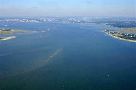 Boat Slips For Rent Charleston Sc by Charleston Harbor Inlet In Charleston Sc United States