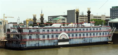 Pence to let Indiana riverboat casinos build on land ...