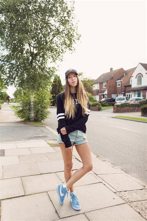 Outfit | New York Jumper and Nike Blazers - Girl in the LensGirl in the Lens
