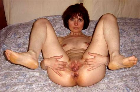 Cuntspreadingsluts In Gallery Amateur Mature Slut