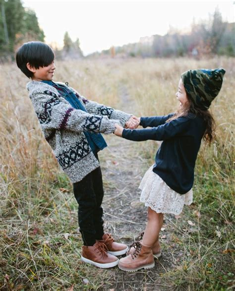 sibling photography ideas   simplify