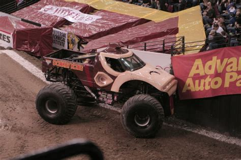 monster truck show sacramento ca sacramento california monster jam january 23 2010