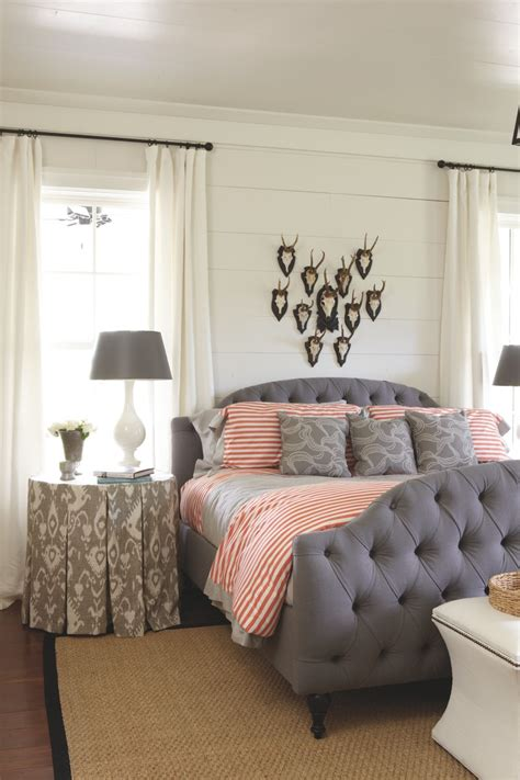Decorating Ideas For Small Guest Room by Guest Room Decor Ideas Decorating Small Office Guest