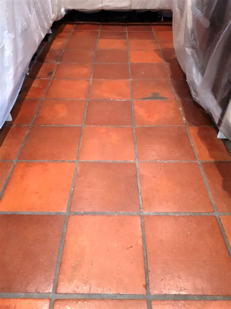 mexican terracotta kitchen rejuvenated  redditch tile
