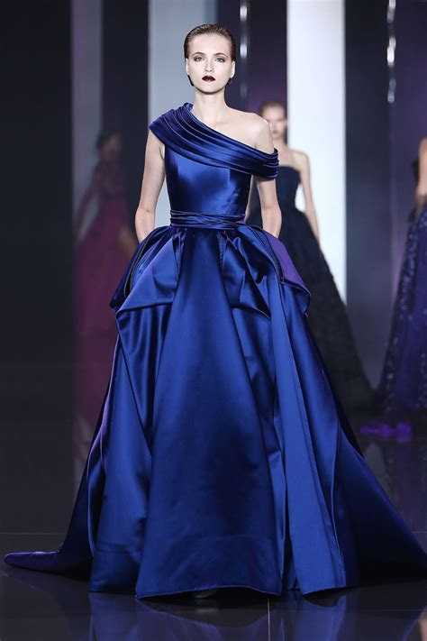 RUNWAY: Ralph and Russo Fall 2014 couture collection