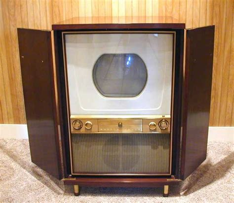 what year did the color tv come out westinghouse h840ck15
