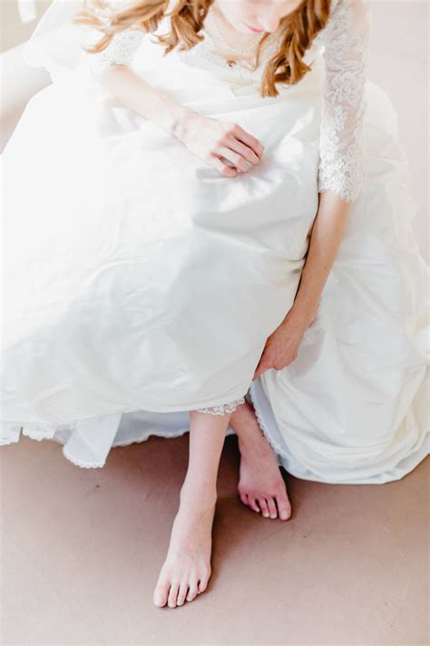 bride  bare feet elizabeth anne designs  wedding