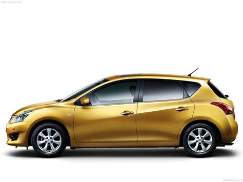 Nissan Tiida (2012) picture #03, 1280x960