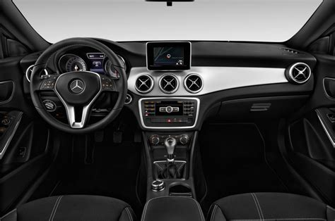 mercedes dashboard 2014 mercedes benz cla class reviews and rating motor trend