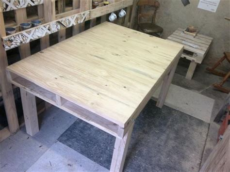 pallet kitchen table wood pallet kitchen table dining table wooden pallet