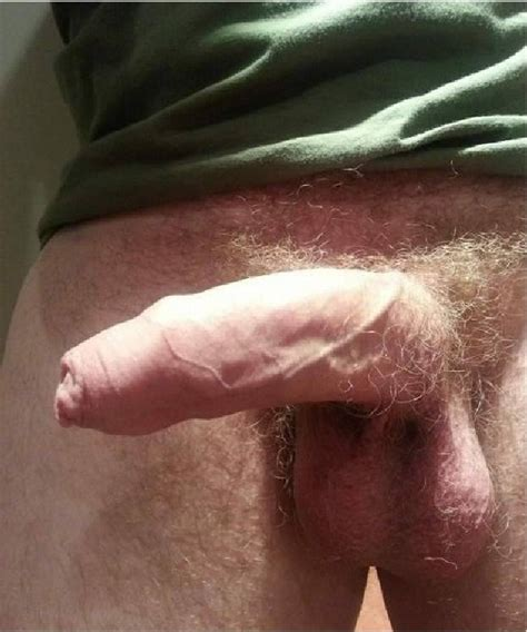 Closeup Picture Of A Bent Penis - Sexy Nude Guys