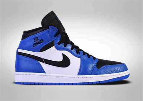 Nike Air Jordan 1 Retro High Rare Air Soar Blue Price €117