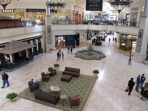 thousand oaks mall
