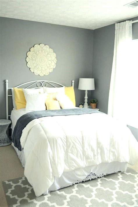 spare bedroom paint colors best ideas about bedroom paint