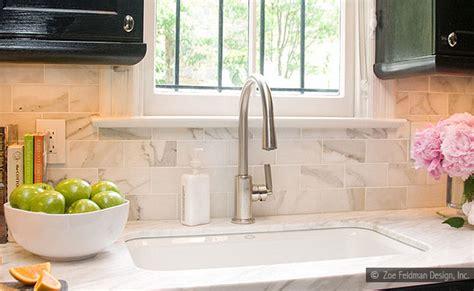 backsplash with white cabinets and white countertops 4 white calacatta gold marble subway white countertop idea