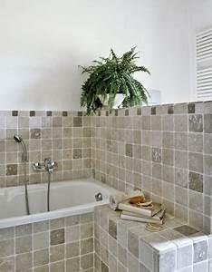 carrelage mural ou au sol de salle de bain peinture With revetement carrelage salle de bain