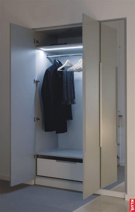 Closet Lightconfession