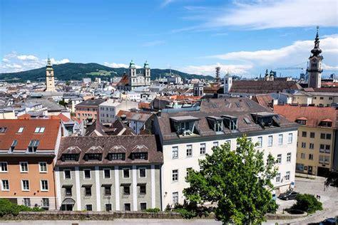 El mundo del tenis ha echado de menos a carla. Travel Guide to Linz, Austria - The City Where the Arts Change Everything