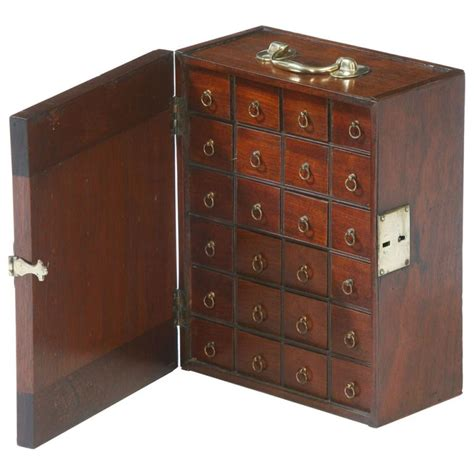 english chippendale spice chest isnt   beautiful
