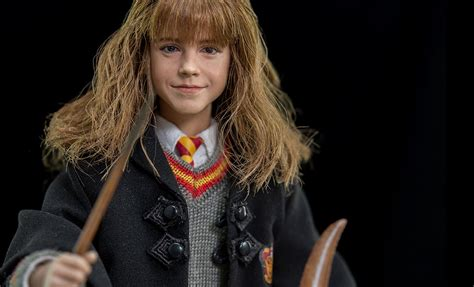 harry potter hermione granger sixth scale figure by star