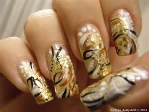 Gold nail design me my nails i