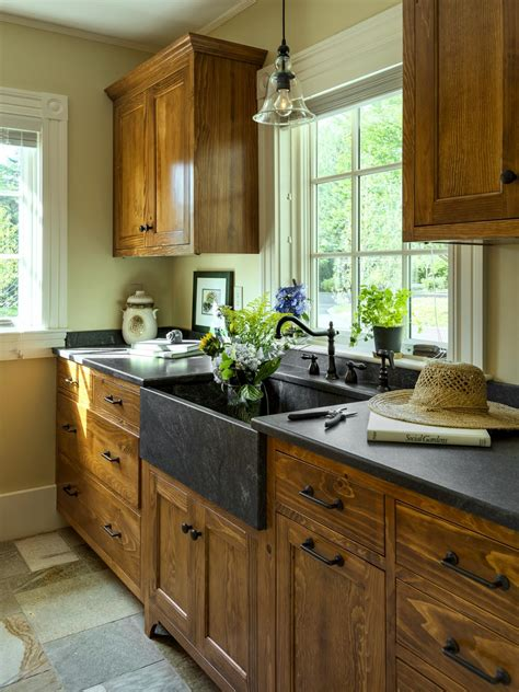 diy kitchen cabinet ideas diy painting kitchen cabinets ideas pictures from hgtv