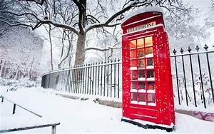 Snow cityscapes red England phone booth English Telephone ...