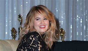 Debby Ryan At The Celebrity Experience Winter 2017 ...