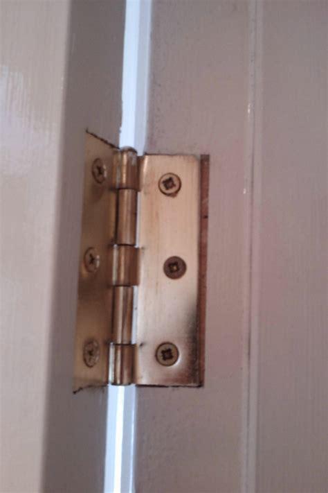 adjust  door