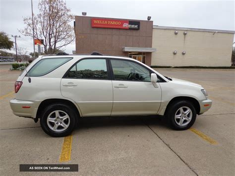 sporty lexus 4 door 2000 lexus rx300 base sport utility 4 door 3 0l