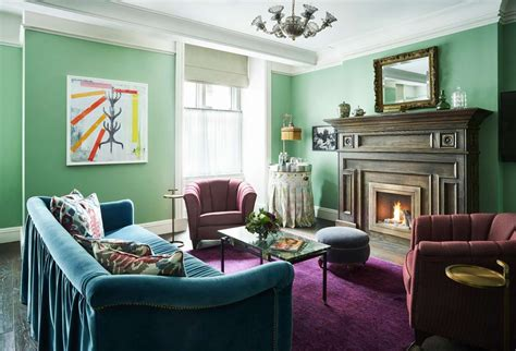 Learn about victorian architecture, famous examples of the style and common problems associated with victorian homes with hgtv.com. 8+ Extraordinary Victorian House Interior Paint Colors ...