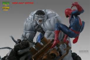 Gray Hulk vs Spider-Man