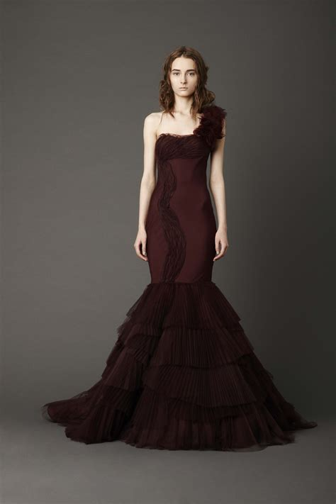 Kaye This Vera Wang Mermaid Gowns Chevron Pleated Bodice